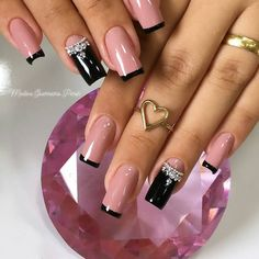 2019 Great Nail Designs to Copy Dope Nails, Bling Nails, Swag Nails, Halloween Acrylic Nails, Best Acrylic Nails, Romantic Nails, Nagellack Design, Plaid Nails, Nails Design With Rhinestones