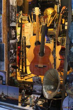 Galata shop - Istanbul http://www.korowaihouse.com/2015/04/ricordi-di-istanbul/