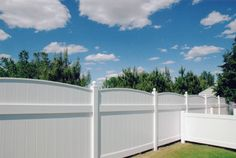 Vinyl Fencing Installation Tips, Privacy Vinyl Fencing - Picture Archive Outdoor Decor, Pvc, Types Of Fences, Ranch Fencing, Vinyl, Vinyl Fence, Wood Plastic Composite, Paneling, Fencing For Sale