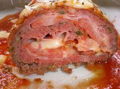 Rocambole de Carne Moída com Castanhas de Caju -