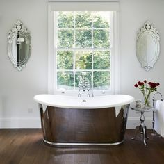 Traditional bathroom pictures and photos for your next decorating project. Find inspiration from of beautiful living room images Georgian Homes, Victorian Homes, Beautiful Living Rooms, Beautiful Bathrooms, Bath Under Window, Fairfield House, Bedroom With Bath, Master Bedroom, White Blinds