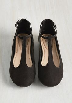 Your taste in footwear is sleek and stylish, which is why you're so drawn to these black ballet flats. Perfectly portraying your love of minimalist looks with faux suede, delicate T-straps, and padded footbeds, this pair evokes the essence of your posh personality.