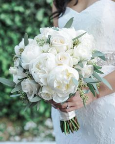42 white wedding bouquets for every season - Themed Wedding # for . - 42 white wedding bouquets for every season – Themed Wedding # Wedding bouquets - Summer Wedding Bouquets, White Wedding Flowers, Bride Bouquets, Bridal Flowers, Flower Bouquet Wedding, Floral Wedding, Fall Wedding, Wedding Colors, Wedding White