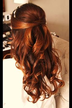 Bridal hair / half up half down