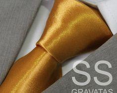 Gravata Dourada Lisa