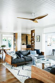 ver link - combinação madeira/branco <3   Gravity Home is a daily interior design blog. Work with me  astrid@gravityhomeblog.com