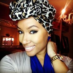 I'm SO into the scarves/ head wraps