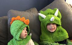 Ravelry: Hooded Dinosaur Hat pattern by Krystle's Krazy Knits Dinosaur Hat, Crochet Dinosaur, Crochet For Kids, Crochet Baby, Knit Crochet, Crochet Ideas, Knitted Balaclava, Knitted Hats, Crochet Costumes