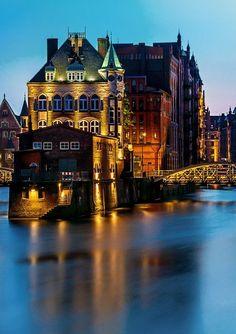 Hamburg, Germany ♥ Stunning, classic jewelry: www.bluedivadesigns.com #bluedivagal