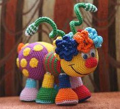 Kuklyandiya: Rainbow but yavka Crochet Baby Toys, Crochet Food, Crochet Gifts, Cute Crochet, Crochet Dolls, Crochet Yarn, Amigurumi Patterns, Knitting Patterns, Crochet Patterns