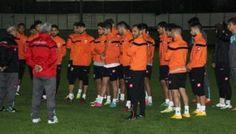 Adanaspor Pazar günü deplasmanda oynayacağı Antalyaspor maçının hazırlıklarına başladı.