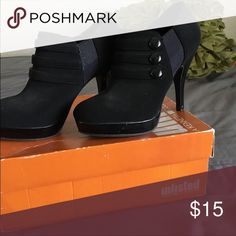 Black ankle heels Purchased but never really wore out at all. The inner and outer sole have zero flaws!🌿Perfect condition!                                           🌿True to  size Unlisted Shoes Ankle Boots & Booties