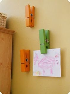 great idea for displaying kid art