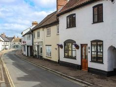 This lovely, period property is situated on one of the oldest streets in Wymondham, and sleeps up to five people in three bedrooms. Norfolk Cottages, Holiday Cottages To Rent, Great Yarmouth, Log Fires, Self Catering Cottages, Old Street, Rental Apartments, Ground Floor, Ideal Home