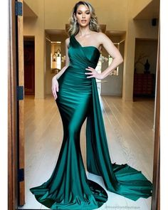 Sexy Mermaid One Shoulder Green Long Prom/Evening Dress Sweep TrainThanks for this post.Sexy Mermaid One Shoulder Green Long Prom/Evening Dress Sweep Train sold by BeautyLady. Shop more products from BeautyLady on Storenvy, the # dress Jovani Dresses, Gala Dresses, Cheap Prom Dresses, Satin Dresses, Long Satin Dress, Dresses Uk, Green Satin Dress, Chiffon Dresses, Sexy Green Dress