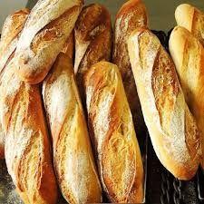Baguette, Bread Recipes, Cooking Recipes, Brunch, Pan Bread, C'est Bon, Hot Dog Buns, Food Styling, Bakery