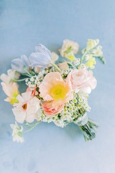 Bridal bouquet full of spring flowers and wrapped with a piece of lace from the bride's mother's wedding gown. Photo: Jessi Nichols Photography Pastel Wedding Colors, Pastel Floral, Floral Wedding, Wedding Flowers, Wedding Images, Our Wedding, Dream Wedding, Summer Wedding Bouquets, When I Get Married