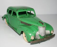 Tin Toy Car – Vintage, Antique & Other Collectibles and Collection, of all ages, mainly from the twentieth century from 1930 to the Metal Toys, Tin Toys, 1950s Toys, Toy 2, Classic Toys, Antique Toys, Battery Operated, Vintage Dolls, Doll Toys