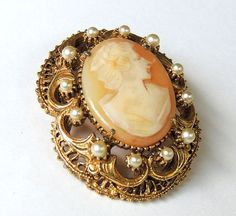 Florenza Brooch Florenza Cameo Pin Faux Pearl by OodlesofBling, $24.50  #vintage #jewelry #cameo #designerjewelry