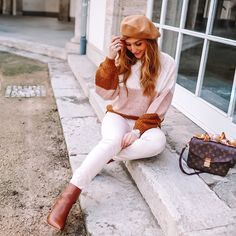 Outfit Inspiration - New Ideas Pink Smokey Eye, Minimal Look, Winter Chic, Dramatic Look, Fashion Essentials, Winter Wardrobe, Get The Look, White Jeans, Winter Outfits