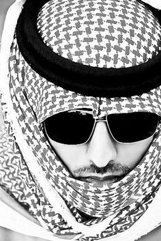 Parties Illustration Description Arab Swag – Read More – Arab Fashion, Islamic Fashion, Mens Fashion, Arab Couple, Arab Swag, Muslim Men, Arab Men, Boys Dpz, Stylish Boys