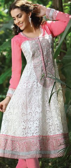 Off #White and Pink Faux #Georgette #ChuridarKameez @ $142.31 Moda Indiana, Pakistani Outfits, Indian Outfits, Indian Clothes, Anarkali Dress, Anarkali Suits, African Print Dresses, Indian Dresses, Latest Salwar Kameez