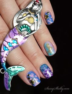 Mermaid Tail Nails -