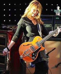 Nancy Wilson - HEART