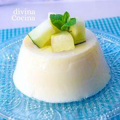 Este flan de melón se prepara con una receta fría, son horno ni baño María, y el resultado conserva todo el sabor y la frescura de la fruta.