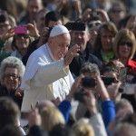Papa Francisco en la audiencia general: Una sociedad que no favorece el afecto es perversa