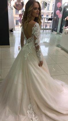 Wedding Dress Mermaid Lace, Boho Wedding Dress With Sleeves, Top Wedding Dresses, Country Wedding Dresses, Wedding Dress Trends, Mermaid Dresses, Corset Back Wedding Dress, Long Sleeved Wedding Dresses, Wedding Ideas