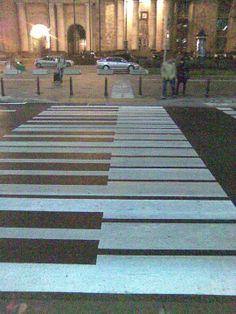 Piano crossing