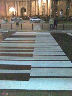 Piano crossing