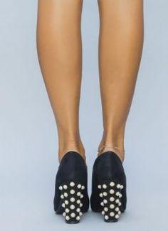 Pantofi eleganti cu toc gros Shoes, Fashion, Moda, Zapatos, Shoes Outlet, Fashion Styles, Shoe, Footwear, Fashion Illustrations