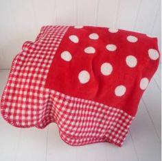Red Polka Dot Blanket | Spotty Red Blanket | Red Gingham Fleece Throw