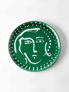 Buy the Face Plate Laurel by The Conran Shop and more online today at The Conran Shop, the home of classic and contemporary design Vases, Abstract Faces, Christmas Gifts For Her, Designing Women, Contemporary Design, Cool Designs, Decorative Plates, Artisan, Colours
