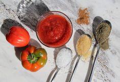 Domowy przecier pomidorowy to nie tylko lato zamknięte w słoiku, ale również bogactwo wartości odżywczych i niepowtarzalny smak! Vegetables, Tableware, Kitchen, Food, Dinnerware, Cooking, Tablewares, Kitchens, Essen