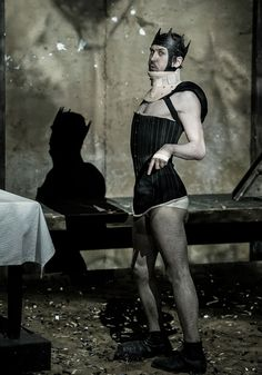 Richard III | Shakespeare / Schaubühne Berlin / Thomas Ostermeier http://www.eif.co.uk/2016/richard3 Image © Arno DeclairWilliam