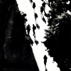 #silhouette #shadow  #urban #landscape #urbanscape #minimalist #abstract #blackandwhite #bw #blancoynegro #London #architecture #noir #biancoenero #londonbridge #life_is_street #london #mrmmeteorite #southbank  #architecturaldetail #architecturelovers  #mobilephotography #streetphotography #iphoneography #minimalism London Architecture, Architecture Details, Mobile Photography, Street Photography, London Bridge, Urban Landscape, Minimalism, Silhouette, Photo And Video