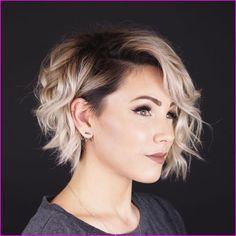 50 Very Short Pixie Cuts for Fine Hair 2019 Check out these 50 Very Short Pixie Cuts for Fine Hair Short layered haircuts fine hair, and Short hairstyles for fine hair and round faces Short Hair Cuts For Round Faces, Long Pixie Cuts, Round Face Haircuts, Pixie Cut Round Face, Pixie Haircut Round Face, Long Pixie Bob, Women Pixie Cut, Curly Pixie Cuts, Bob Haircuts