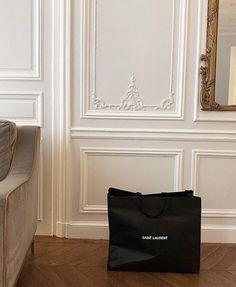 Paris Apartment Interiors, Parisian Apartment, Paris Apartments, Best Luxury Cars, Parisian Chic, Glitz And Glam, Rich Girl, Luxury Lifestyle, Saint Laurent