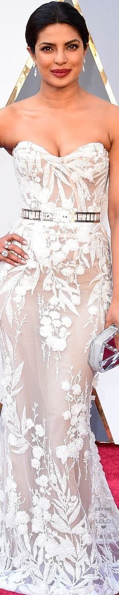 Priyanka Chopra 2016 Oscars