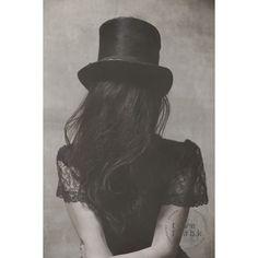 Pocus juliste – Tove Frank – Osta kalusteita verkossa osoitteessa Room21.fi