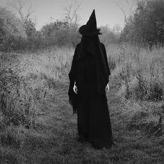 220 Ideas De La Bruxa Brujas Bruja Oscura Brujas Volando