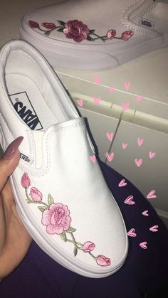 Vans shoes with embroidered pink roses. Vans shoes with embroidered pink roses. Cute Vans, Cute Shoes, Me Too Shoes, Trendy Shoes, Casual Shoes, Sock Shoes, Women's Shoes, Shoe Boots, Rose Vans Shoes