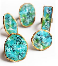 If you are a long time reader, you will know that I LOVE getting creative and turning simple materials into something really fun! Shades Of Turquoise, Turquoise Rings, Gold Acrylic Paint, Cardboard Crafts, Create And Craft, Bijoux Diy, Recycling Bins, Statement Rings, Jewelery