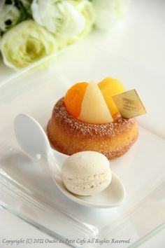 Savarin cake