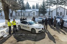 Politia Romana primeste o Alfa Romeo Giulia Veloce nou nouta – Catalin Vasile Blog Alfa Romeo Giulia, Luxury Cars, Vehicles, Blog, Cots, Fancy Cars, Car, Blogging, Vehicle