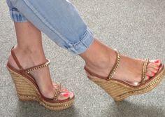 http://www.ebay.com/itm/Incredible-Bebe-Tan-Gold-Espadrille-Platform-Wedges-Hi-Heels-Gold-Chain-Trim-9-/252028692814?pt=LH_DefaultDomain_15