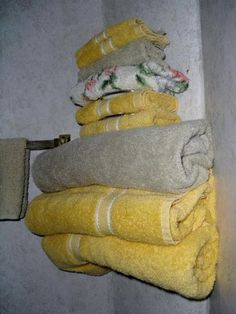I like this for towel storage!   Personalizing Your RV – Living Full-time in Small Spaces | Suite101.com